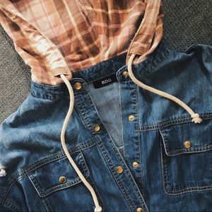 Urban Outfitters Denim button down M